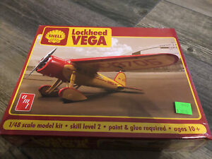 Shell Oil Lockheed Vega 1/48 scale AMT plastic model kit#950