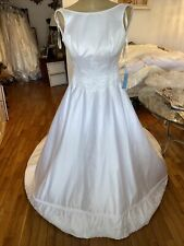 #278 Di Vinci Wedding Gown NWT sz 4