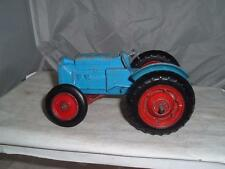 METTOY CASTOY MASSEY FERGUSON ? TRACTOR PARTS MISSING RESTORATION PROJECT OLD
