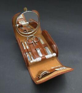 Unusual Vintage Gillette Tech Razor Travel Shaving & Manicure Set. Original Case