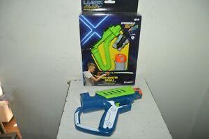 Toy Lazer Mad Blaster Gun + 20 M Booster Module New SILVERLIT Green
