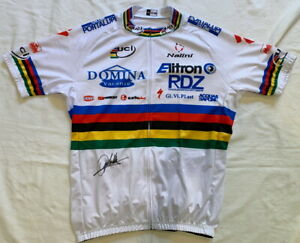 Mario Cipollini signed 2003 World Champion cycling jersey team Domina Vacanze