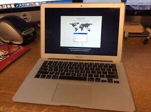 MacBook Air 13 Mid 2013 1.3 GHz Intel Core i5 4GB 128GB Read Desc