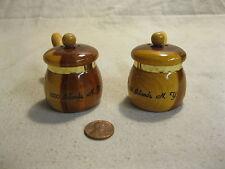 Vintage Wood Sauce Pan 1000 Island NY Salt and Pepper Shakers           12
