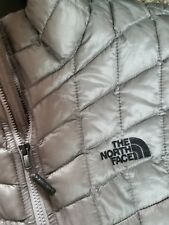 THE NORTHFACE Womens XL 2017 Quilted Thermoball Jacket NWT  Silver/Black