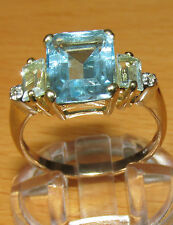 STUNNING SECONDHAND 9ct YELLOW GOLD BLUE TOPAZ & DIAMOND  RING SIZE O