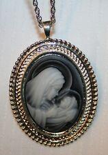 Handsome Shiny Rope Rim Blue White Madonna Cameo Medal Necklace