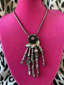 Betsey Johnson Halloween Release Black Rose Skeleton Hand Spider Necklace RARE