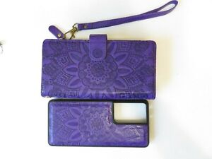 Purple Tooled Leather Wristlet Clutch Wallet with Magnetic Phone Holder Case New