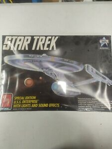 AMT STAR TREK model USS ENTERPRISE SPECIAL EDITION WITH LIGHTS  SOUND new sealed