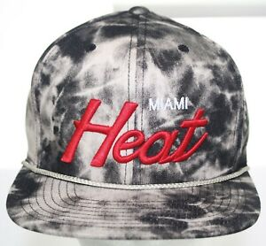 NWT Miami Heat Mitchell & Ness Snapback Cap - Smoky Black & White NBA HWC Hat