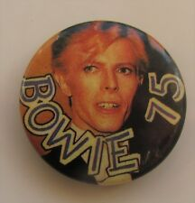 DAVID BOWIE 75 VINTAGE METAL BUTTON BADGE FROM THE 1980's