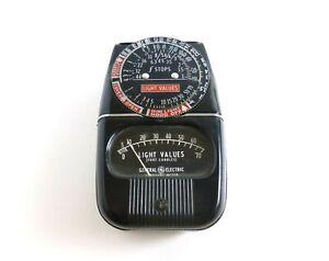 Vintage General Electric Exposure Meter Model 8DW58Y1