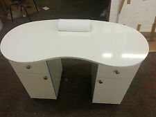 BRAND NEW WHITE HIGH GLOSS Manicure Technicians Table Station Nail Bar .