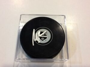 Matt Greene Signed Hockey Puck LA Los Angeles Kings Autographed a