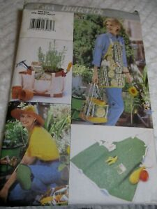 BUTTERICK 4364 PATTERN ONE SIZE APRON, HAT, BAG, KNEE PADS, BUCKET COVER UNCUT