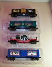 Lionel Trains Lot 4 Cars Elvis, Santa Search light + Boxcar, Stingray Express