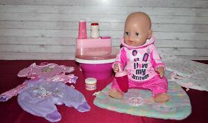 Baby Born  Mädchen v. Zapf , 43 cm mit Toilette und viel schönem Zubehör