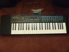 Realistic Concertmate 670 100 Rhythms 100 Sounds Electronic Keyboard