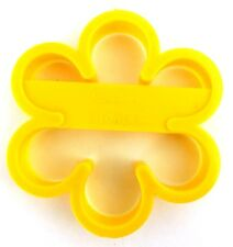 Wilton FLOWER Yellow Plastic Cookie Cutter 1992 2303-0117