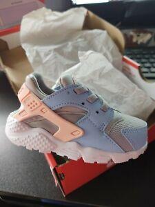 Nike Huarache Run TD wolf grey / bleached coral 704952-015 Size 6C RARE MIB