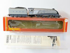 OO gauge Hornby LNER A4 class 'Silver Fox' steam locomotive-R099.