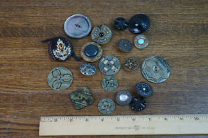 Small Lot of Assortment of Antique Buttons