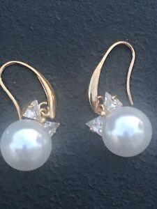 "Gold Tone Faux Pearl Crystal Bow Dangle Earrings Drop 1.5"" Beautiful"