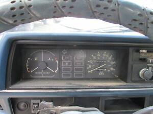 Speedometer MAZDA B2000 B2200PICKUP 1984 INSTRUMENT PANEL DASH CLUSTER 2.0 MT