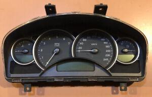 Holden Commodore VZ  Berlina  Instrument Cluster - 144005km.