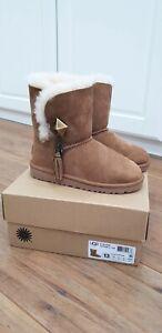 UGG Girls K Lillian Chestnut Boots Size UK 12