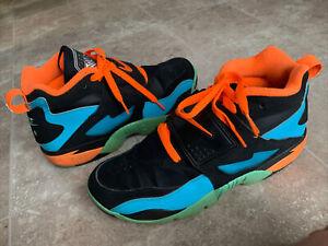 Nike Air 309434-010 Diamond Turf Deion Sanders Black Gamma Blue Men's Size 9.5
