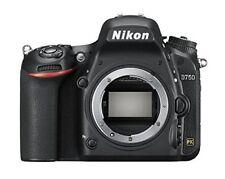 Appareils photo numériques noirs D750