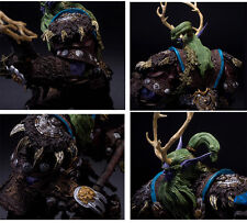 WOW WORLD of WARCRAFT Elf DRUID BROLL BEARMANTLE BOXED ACTION FIGURE STATUE TOY