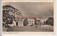(94640) Foto AK Schwerin, Meckl., Theater, Museum, Feldpost 1943