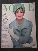 August 1963 VOGUE Magazine - Women's Fashion
