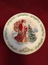 Lenox Christmas Holiday Plate International Santa Kris Kringle 1992