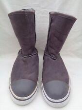 UGG boots sheepskin grey size 6 NWT new
