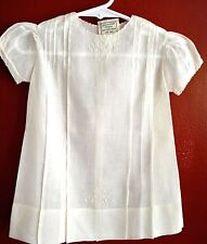 VINTAGE WHITE FINE COTTON CHRISTENING GOWN DRESS SCALLOPS EMBROIDERY INFANT