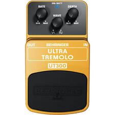 Behringer UT300 Classic Tremolo Effects Pedal Black/Orange