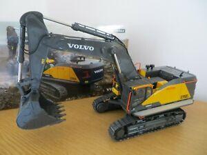 WSI VOLVO EC950E TRACKED EXCAVATOR VOLVO DIECAST MODEL WSI 61-2001 WSI MODELS