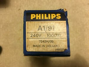Philips A1/91 Projector lamp.