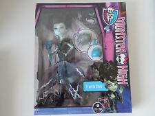 MONSTER HIGH Puppe Frankie Stein Mega Monsterparty von Mattel Doll NEU & OVP