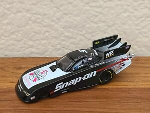 2015 Cruz Pedregon Snap-On Breast Cancer Funny Car 1/64 NHRA Autoworld Diecast