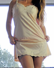 Vtg Vanity Fair Beige Smooth Paper Nylon Scalloped Lace Full Slip Dress sz 36
