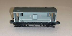 Graham Farish (377-301) N Gauge 20 Ton LMS Type Brake Van in MR (M) Grey