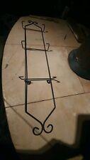 3 tier black metal plate hanger