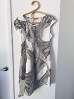 LISA HO Size 8 Ivory & Black Asymetric 100% Silk Formal Dress Made in Australia