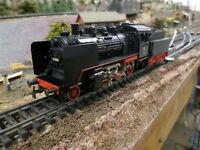 Marklin 3003 Steam Locomotive with Tender BR24 DB  (Analogue)