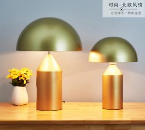 Modern Mushroom Head Table Lamp Fashion Classic Metal Desk Lamp Bedroom Lighting